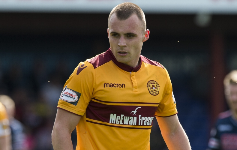 Grimshaw and Rose sign new deals