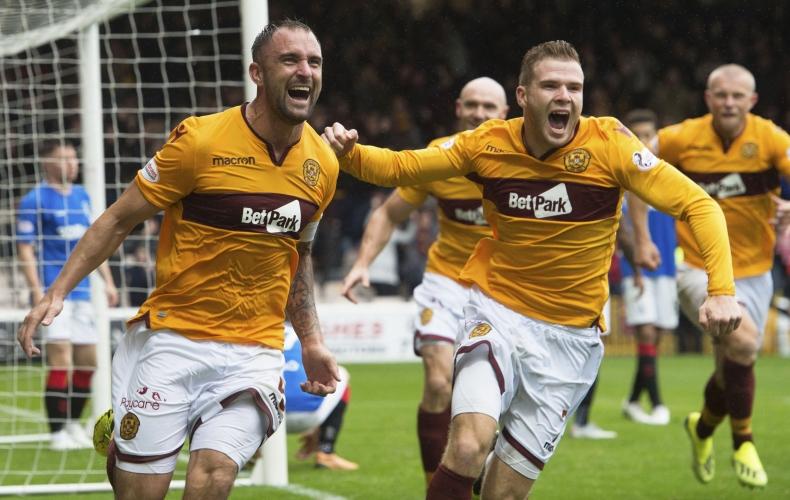 Motherwell 3 – 3 Rangers