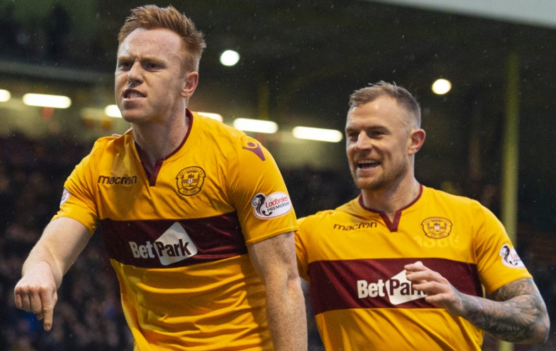 Motherwell claim emphatic win over Aberdeen