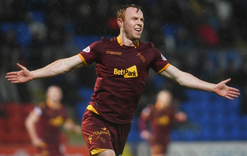 Motherwell claim win at St Johnstone