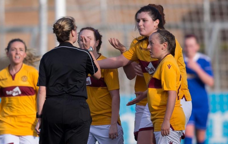 Women lose to Forfar after bizarre finish