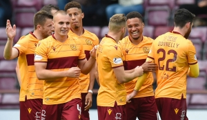 Motherwell v Aberdeen live stream available