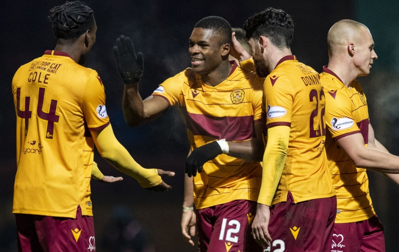 Motherwell hit St Johnstone for four