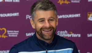 Stephen Robinson looks ahead to Hearts