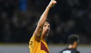 Motherwell claim third straight win