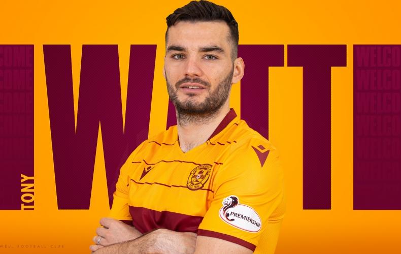 Tony Watt signs for Motherwell