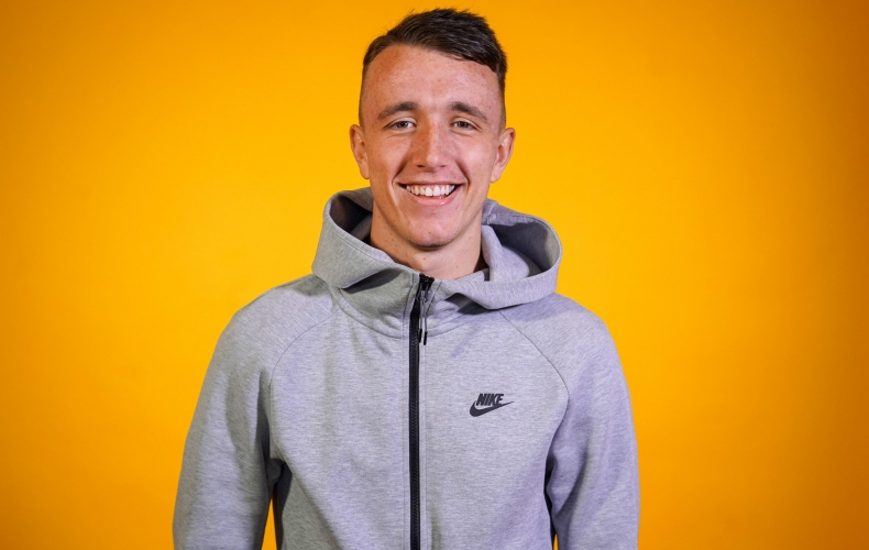 David Turnbull signs contract extension