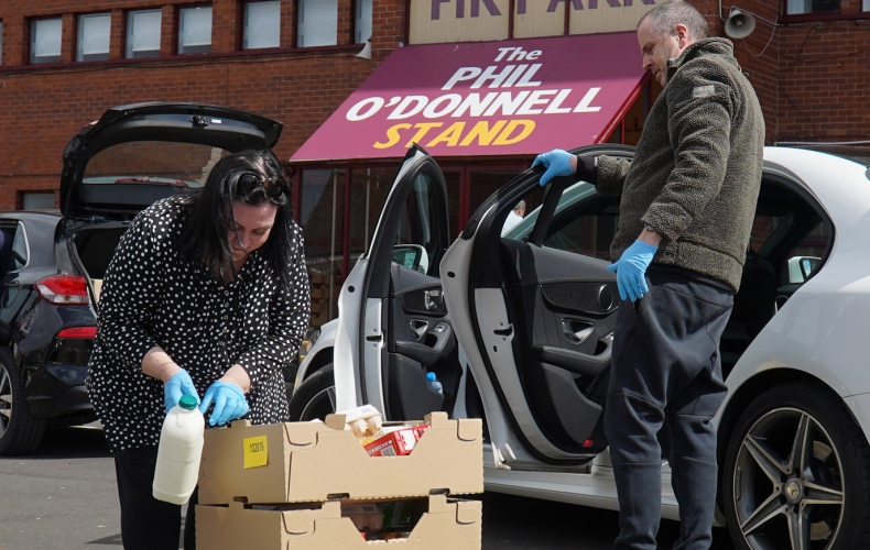 Fans deliver food parcels to those in need