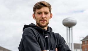 Callum Lang signs for Motherwell