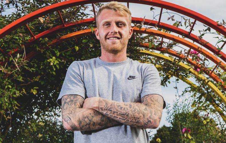 Robbie Crawford joins on loan