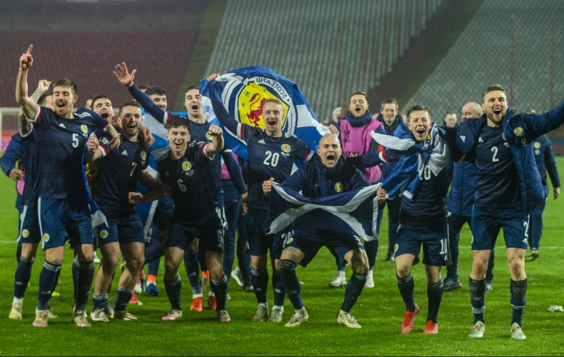 Gallagher and O'Donnell make Scotland history