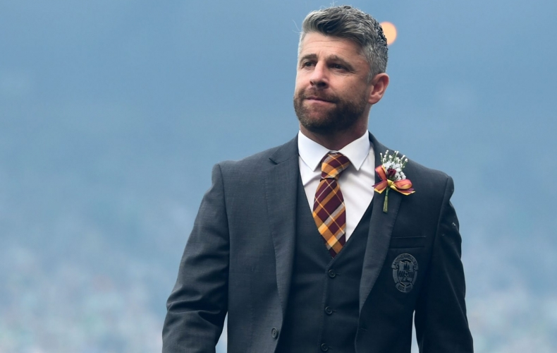 Stephen Robinson resigns as Motherwell manager