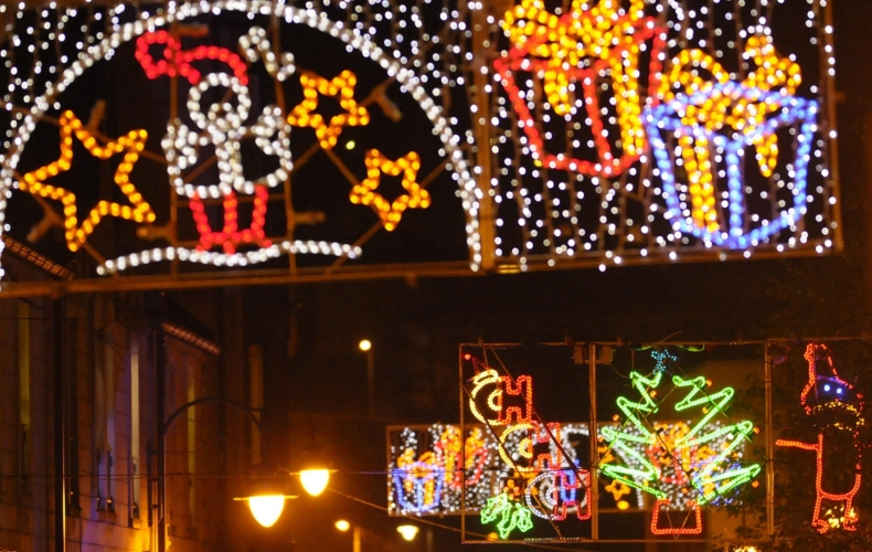 We're putting Christmas lights up in Motherwell and Wishaw