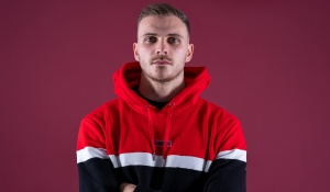Harry Smith signs on loan