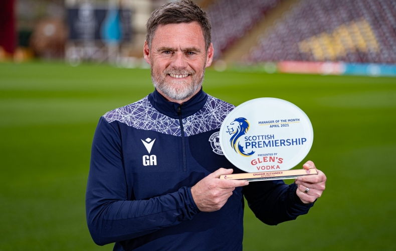 Graham Alexander wins Manager of the Month award