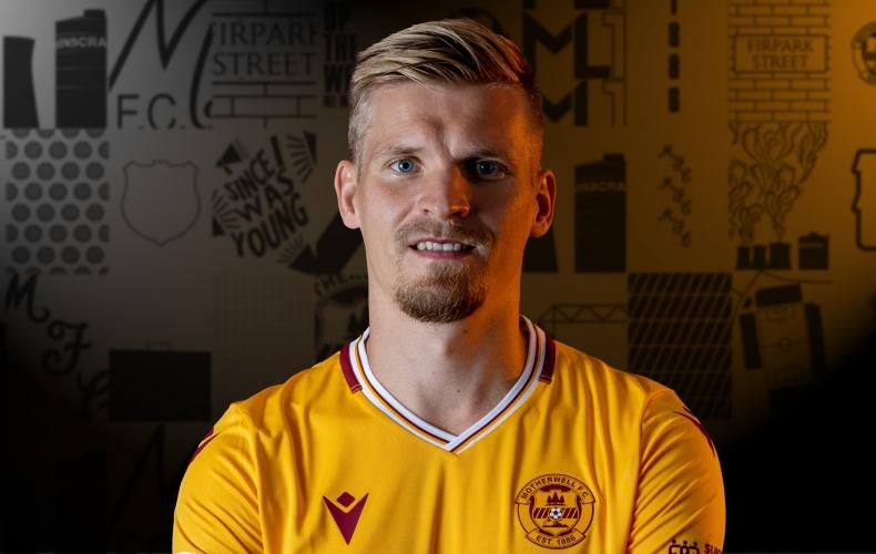 Juhani Ojala signs for Motherwell