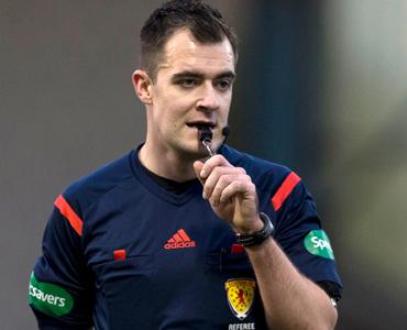 Robertson to ref Stranraer clash