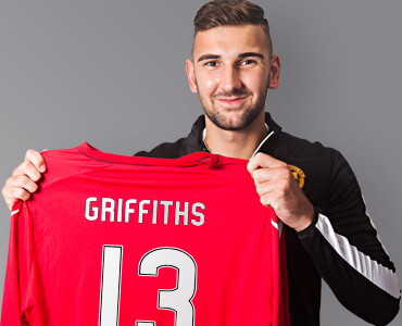 Griffiths pens one-year deal