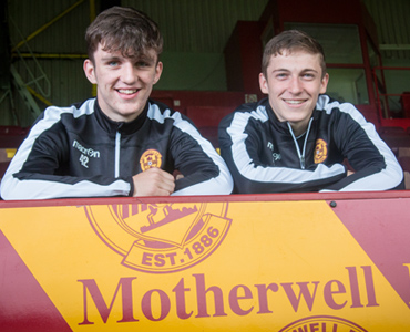 Youngsters pen professional deals